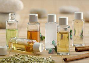 mélange d'huiles essentielles bio et huiles végétales bio