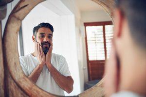 Prendre soin de sa barbe avec l'huile à barbe - Barbe à la française