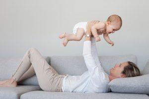 jeune maman, reprendre une activité physique avec bébé