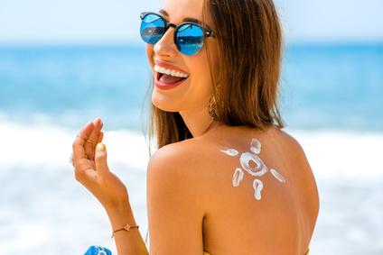 Bien choisir sa crème solaire Acorelle pour protéger sa peau des rayons UV