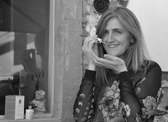 Isabella, créatrice de la marque Dermapositive. Interview